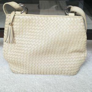 Intrecciato cream leather bag